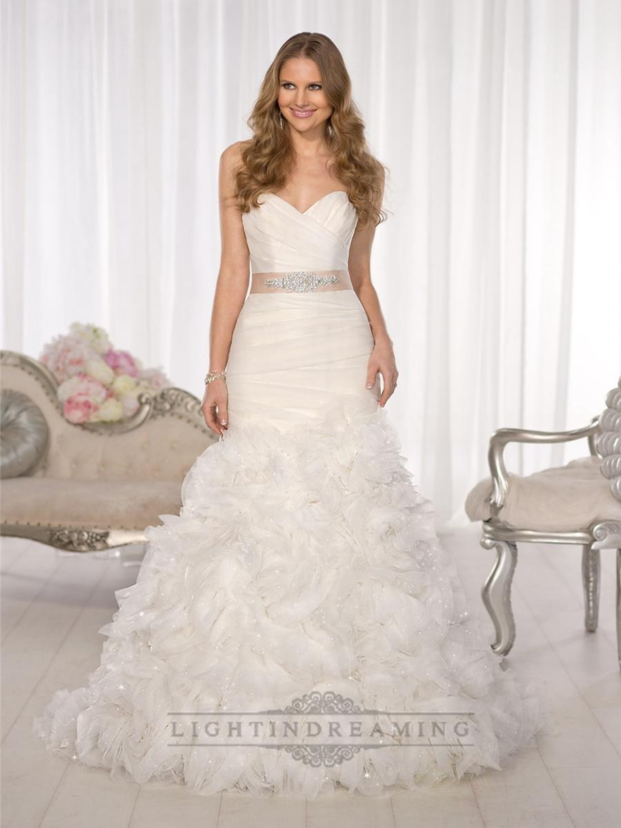 Wedding - Fit and Flare Sweetheart Criss-cross Bodice Wedding Dresses with Layered Skirt - LightIndreaming.com