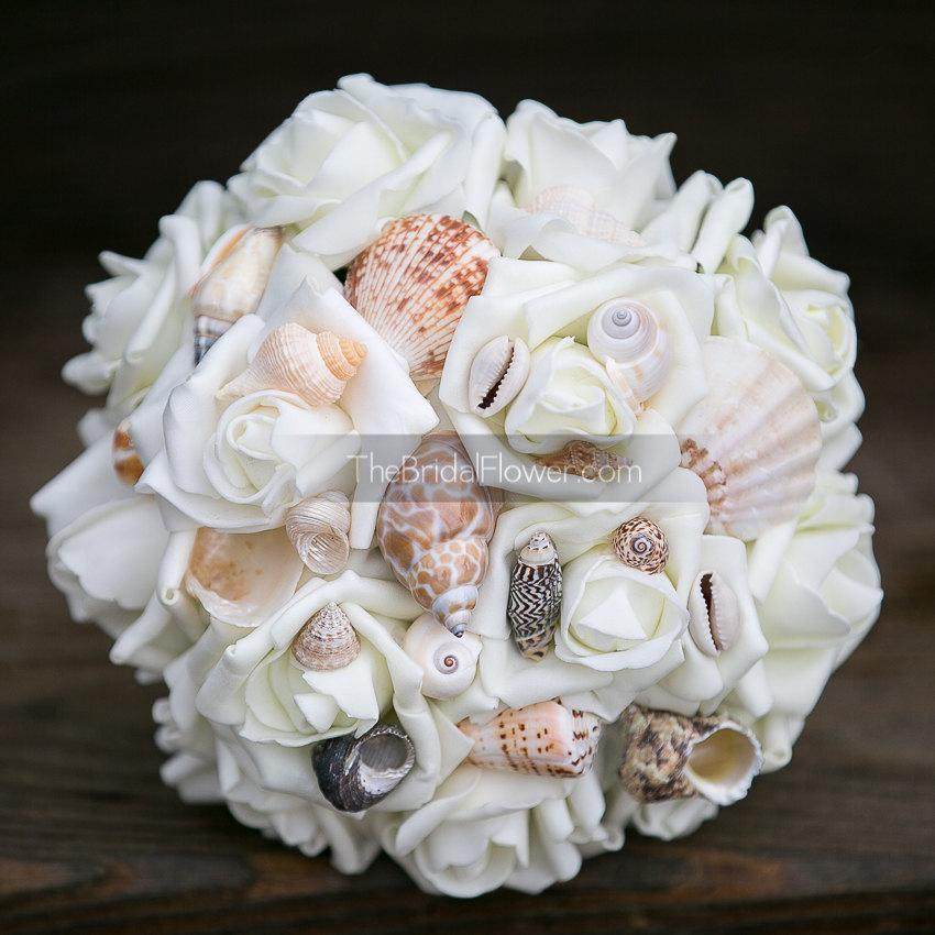 Mariage - Seashell bridesmaid bouquet small size for beach and destination weddings, cream wedding bouquet beach wedding