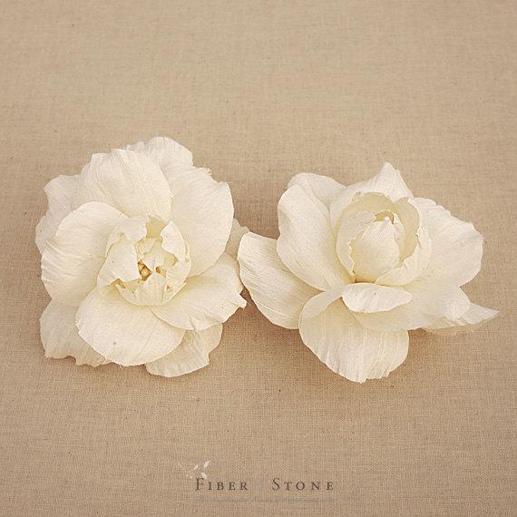 Mariage - Vintage Inspired Bridal Head piece, Bridal Hair Flowers, Bridal Hair Accessories, Bridal Hair Clips, Ivory Silk Dupioni, Bridal Flower Clips