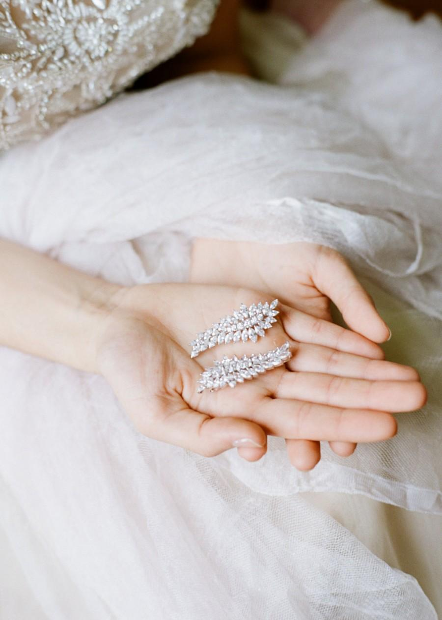 Mariage - Barrette Hairclip Couture Bridal Barrette CZ Wedding Barrette Bridesmaid Barrette Cubic Zirconia Hair Jewelry Wedding Hair Clip ALICE