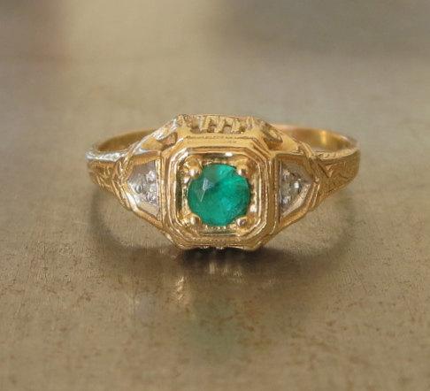 Свадьба - Art Deco Emerald Engagement Ring - Unique Engagement Ring -1920s Engagement Ring - Diamond Engagement Ring - May - Vintage Emerald Ring