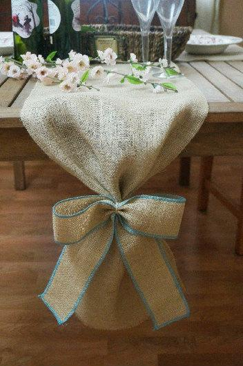 Mariage - Burlap Table Runner, Plain with Burlap Bow, Colored Thread, Rustic Wedding, Wedding Table Runner, Party Decoration, Custom Length Available