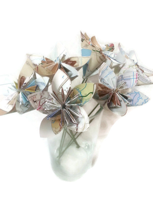 زفاف - Bouquet Map Paper, Atlas Paper Origami Flowers with Green Stems