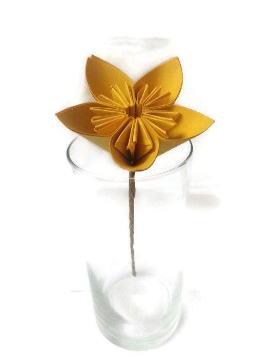 Свадьба - Golden Yellow Kusudama Origami Paper Flower with Hay Stem