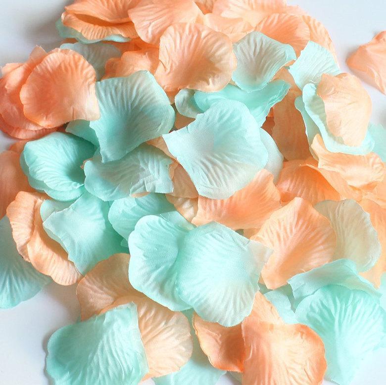 Свадьба - 600 Cool Mint & Peach Silk Rose Petals Wedding Flowers Party Centerpieces Table Decoration Confetti Bridal Shower Favor