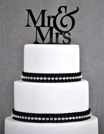 Свадьба - Black Mr & Mrs Wedding Acrylic Cake Topper Available in many Colors