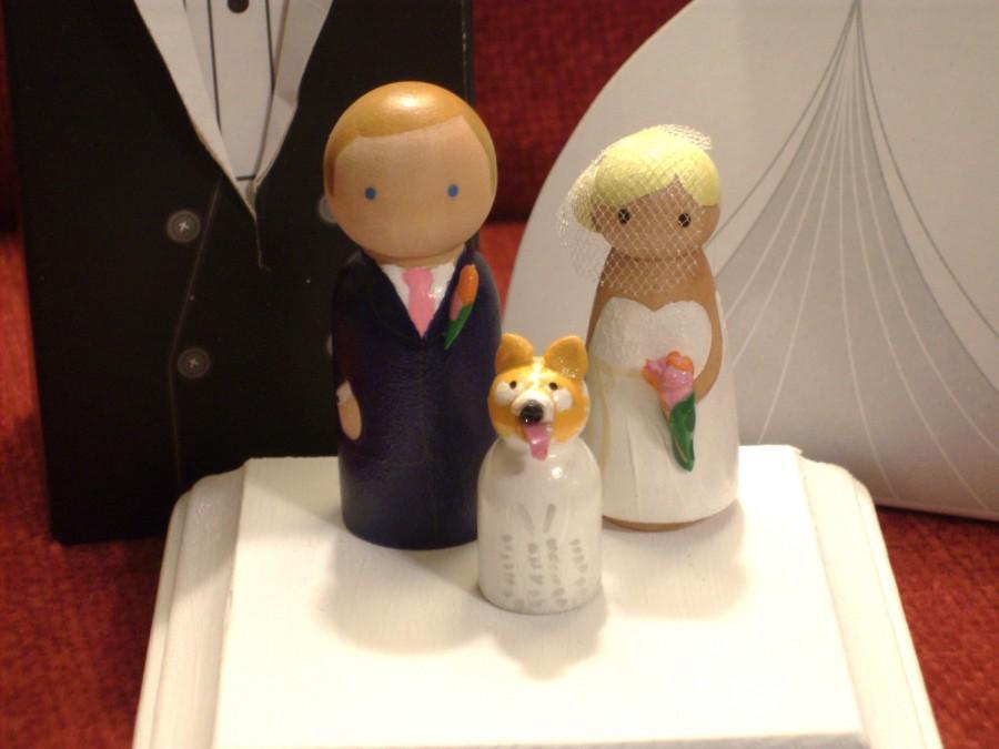 Свадьба - Custom CupCake Topper  Plus One -   Wedding Cake Topper Fully Customizable