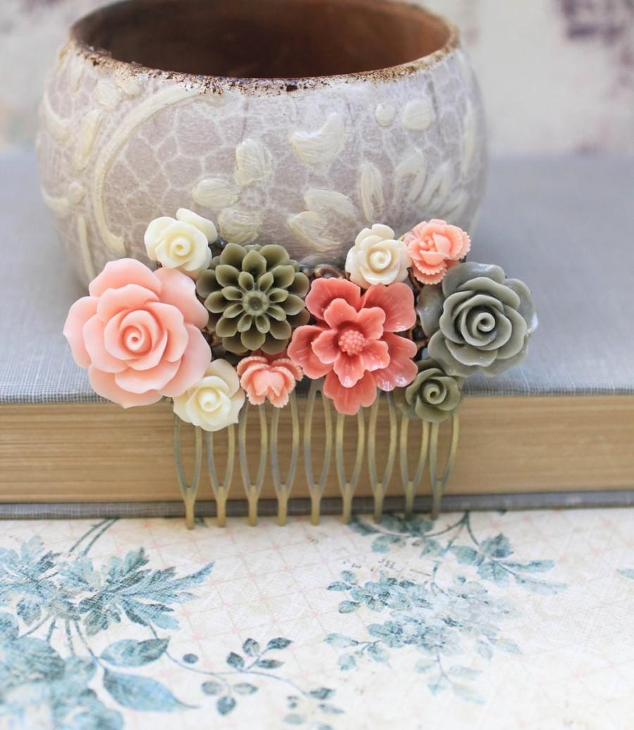 Wedding - Bridal Hair Comb Pink Peach Rose Cream Rose Khaki Green Floral Collage Country Flower Spring Wedding Hair Accessories