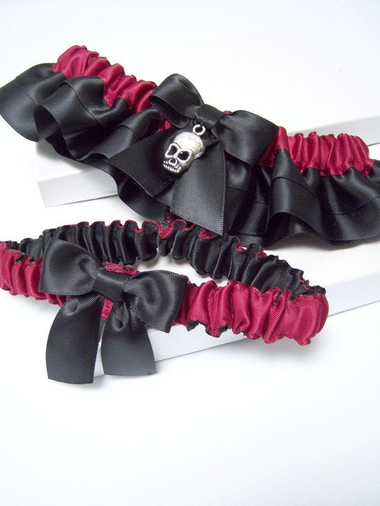 Mariage - Black Skull Garter Set/Offbeat Burgundy & Black Garter Set/Gothic Garter Set/Halloween Skull Garter Set/