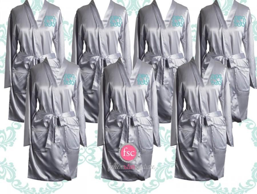 Mariage - Set of 7 Monogrammed Bridesmaid robes , satin wedding robes , bridesmaid gifts , personalized wedding robes , monogrammed satin robe