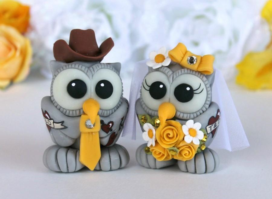 Hochzeit - Tattoo wedding cake topper,  owl love bird cake topper, tattoo wedding, custom owls bride and groom with banner