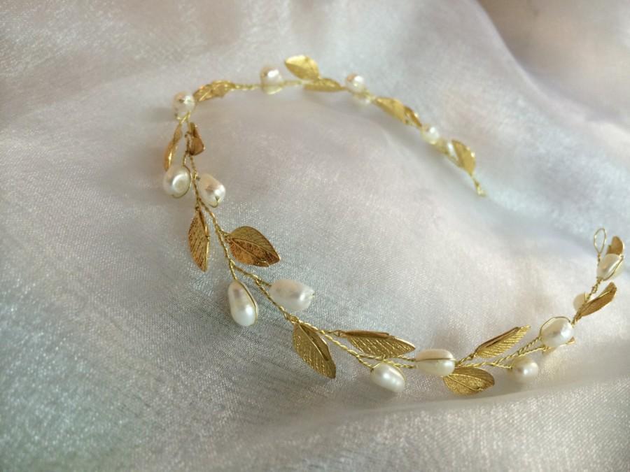 Hochzeit - Pearl floral wedding vine, floral wedding crown, bridal vine, head vine, pearl wedding headpiece, wedding hair accessories, pearl headband