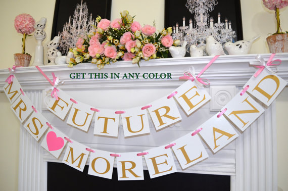Mariage - FUTURE MRS BANNER gold Bridal shower banner, Future Mrs. Banner, Bride to be sign, Bachelorette banner, Miss to Mrs - your colors