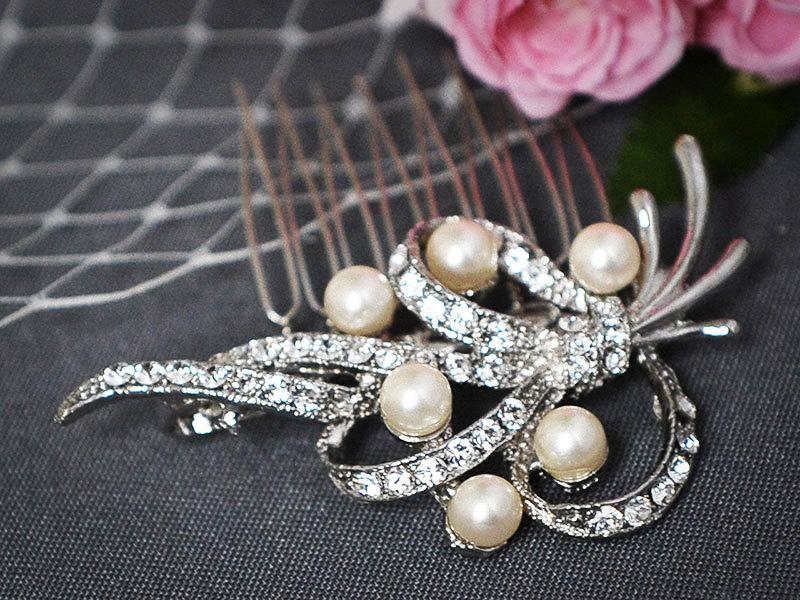 Mariage - FENELLA, Bridal Hair Comb, SWAROVSKI Crystal and Pearl Wedding Hair Comb, Vintage Inspired Wedding Hair Comb, Bridal Wedding Hair Accessory