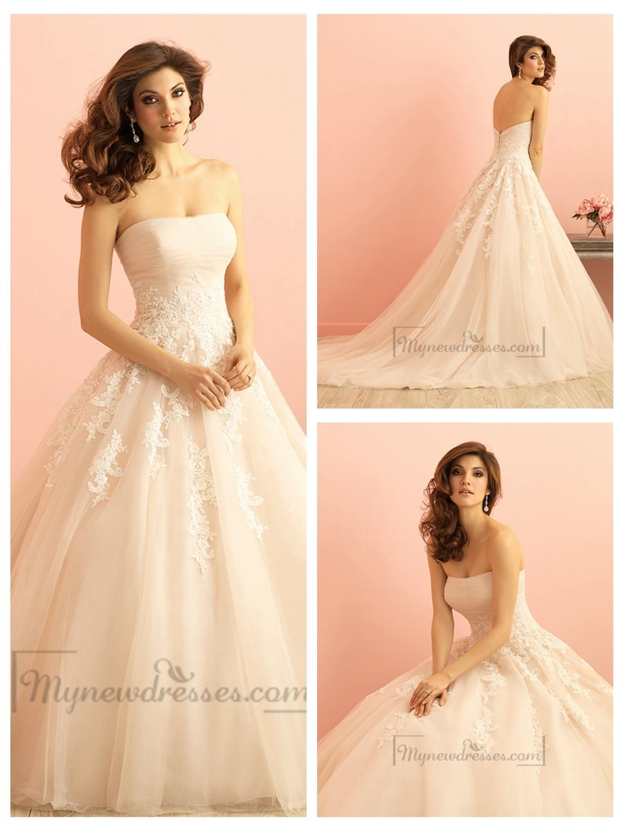 Mariage - Strapless Ruched Bodice Lace Appliques Princess Ball Gown Wedding Dress
