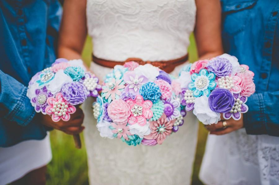 Hochzeit - Ready to Ship. Fabric and Brooch Bouquet. Pink Turquoise Purple White. Vintage Style Spring Wedding. Rhinestone Pearl. Rustic Wedding