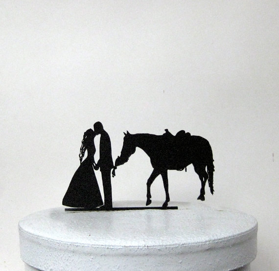 Hochzeit - Wedding Cake Topper - Horse eating my bouquet!