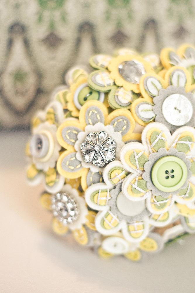 Hochzeit - Custom Color Button Bridal Bouquet