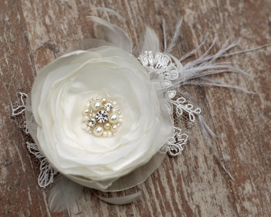 Mariage - Ivory wedding hairpiece flower bridal hair accessories pearls wedding hair fascinator hair clip 3 inch flower, satin, pearl chiffon, feather
