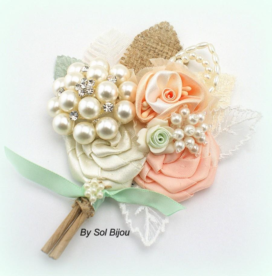 Mariage - Groom Boutonniere, Peach, Ivory, Mint Green, Brooch, Corsage, Mother of the Bride, Button Hole, Pearls, Crystals, Burlap, Elegant Wedding