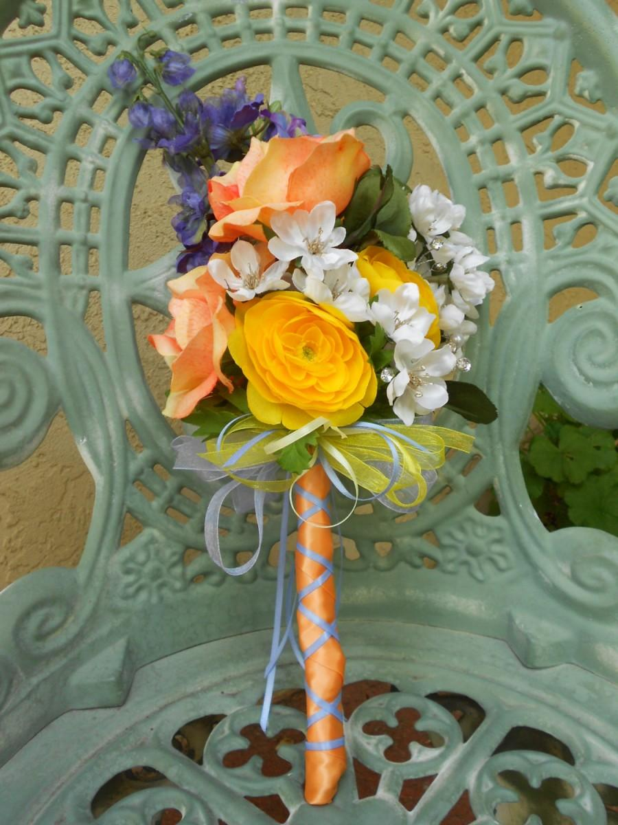 Mariage - Peach, Yellow, Cream, and Lavender Artificial Wedding Bouquet and Boutonniere Set