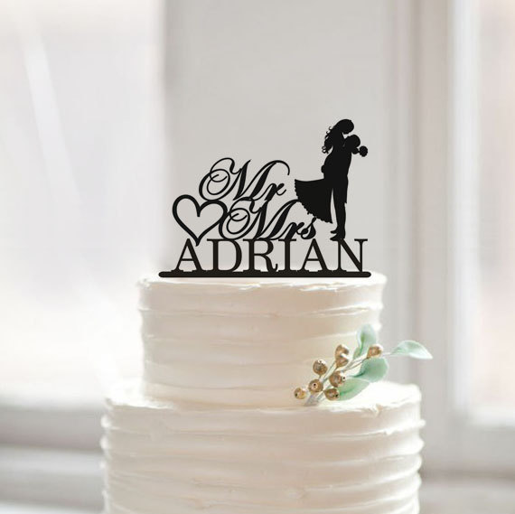 Hochzeit - Wedding Cake Topper with Last Name,Silhouette Cake Topper,Mr and Mrs Cake Topper,Bride and Groom Cake Topper,Modern Cake Topper Wedding