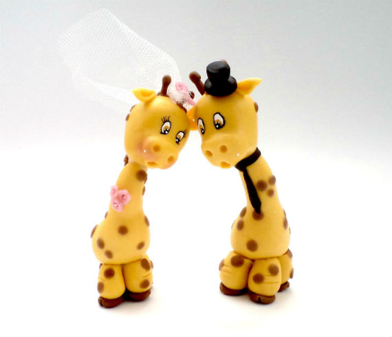 Свадьба - Giraffe Wedding Cake Topper, Bride Groom, Personalized Cake Topper, Wedding gift, Anniversary Cake Topper, Yellow Wedding, Funny Cake Topper