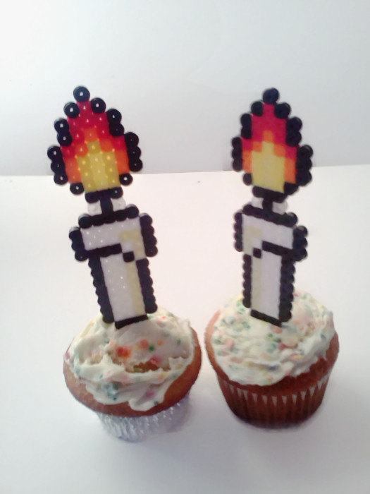 Hochzeit - Happy Birthday Candles Cupcake Toppers