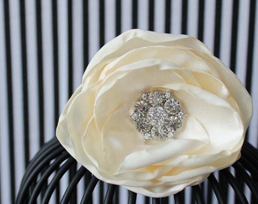 Свадьба - Wedding Hair Comb, Ivory Hair Flower, Wedding Flower Headpiece, Flower Hair Clip, Bridal Fascinator,Wedding Hair Accessories,Bridal Comb