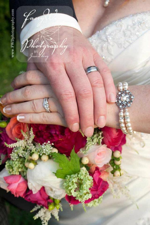 زفاف - Pearl Bridal bracelet, Crystal Wedding bracelet, Wedding jewelry, Cuff Bracelet, Vintage style bracelet, Antique silver, Swarovski bracelet