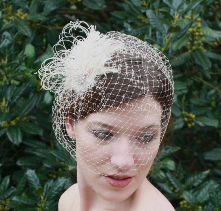 زفاف - Wedding Accessories Champagne Birdcage Veil with Ostrich Feather Fascinator Clip