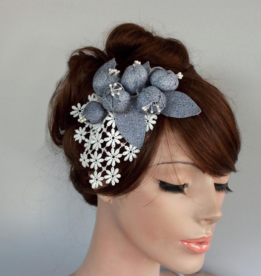 زفاف - Lacy Floral Bridal Head Piece, Grayish Blue Flower Cluster Weddings Hair Fascinator. Unique Item. Handmade