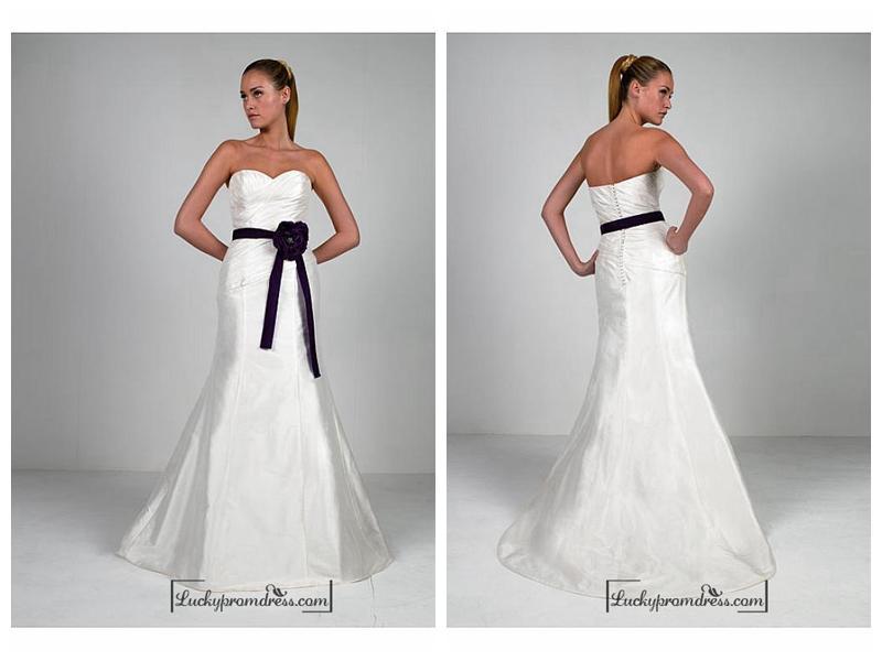 Wedding - Beautiful Elegant Taffeta & Satin Sweetheart Wedding Dress In Great Handwork