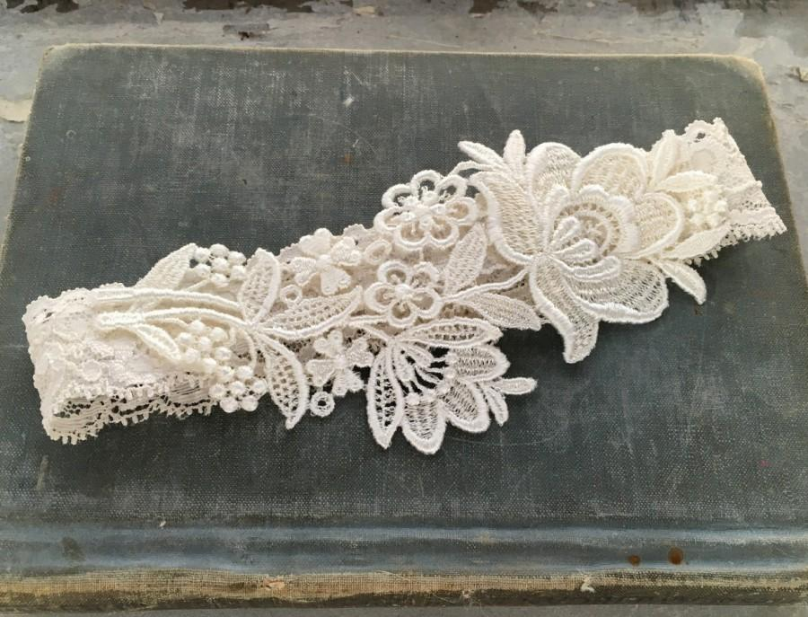 ivory lace bridal garter lace wedding garter elegant garter garter belt simple garter bridal shower gift ivory or white flora