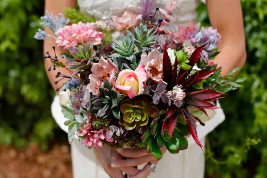 Mariage - Wedding Bouquet, Bridal Bouquet, Silk Bouquet, Succulent Bouquet, Floral Bouquet