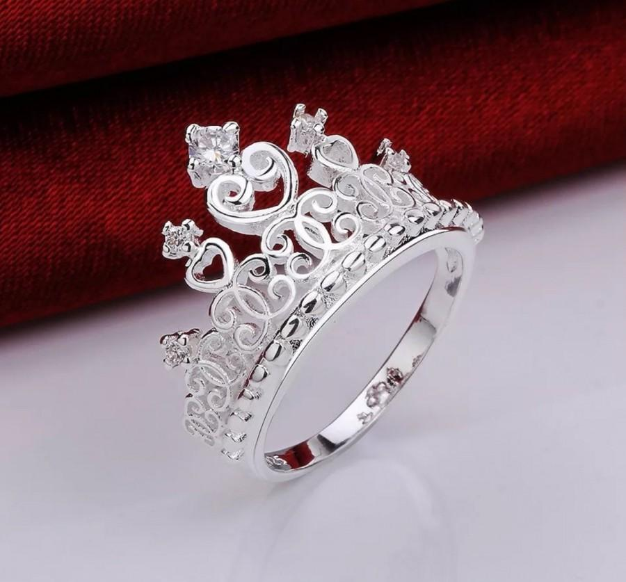 Mariage - Princess Crown Sterling Silver Tiara ring size 7 Promise Ring Engagment Ring, Crown Ring, Princess Ring