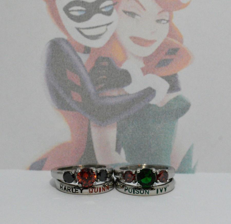 زفاف - Harley Quinn and Poison Ivy Rings, Black Diamond Cz and Garnet Cz, Garnet and Emerald Cz 4 Piece set Poison Ivy & Harley Quinn BFF / Couples