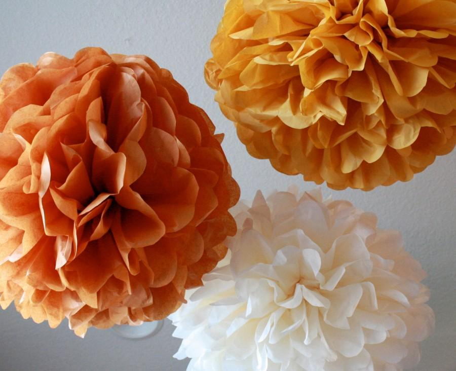 Mariage - Tissue Paper Pom Poms- 12 Poms - Your color choice