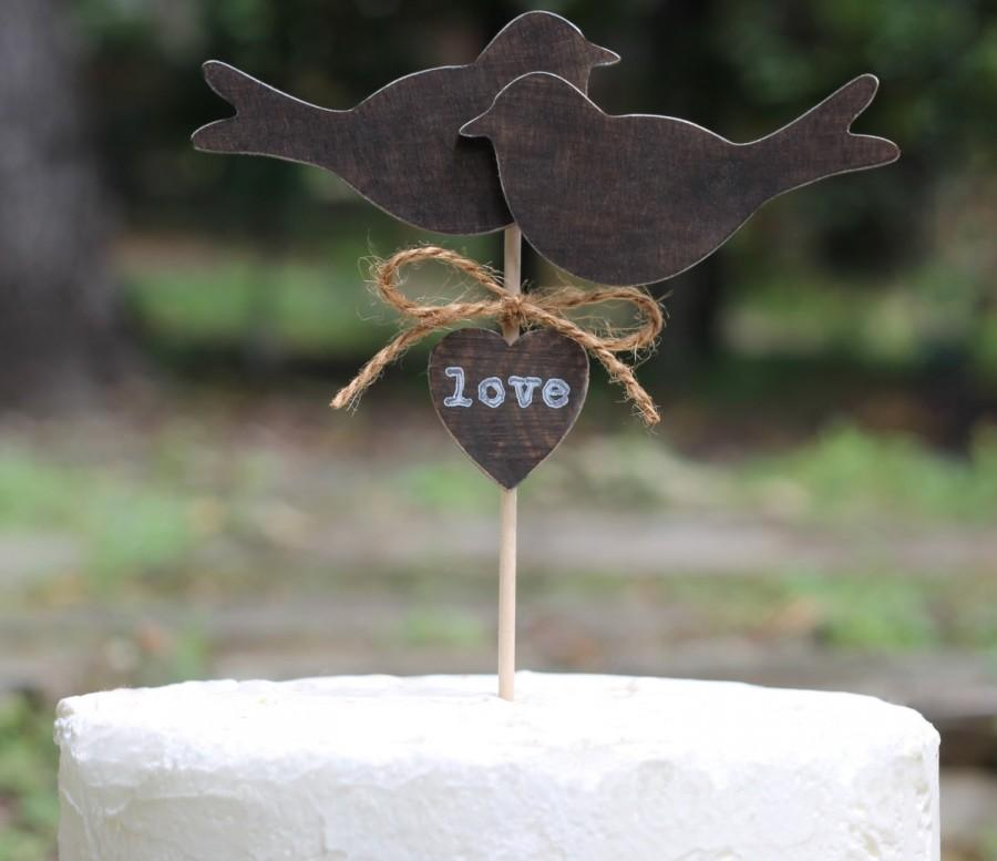 Mariage - Wedding Cake Topper Love Birds Country, Shabby Chic Cupcake Topper Personalized Rustic Wedding