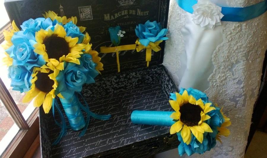 Mariage - 10 piece Sunflower Bouquet Malibu Blue Yellow Sunflower Bridal Bouquet Wedding Bouquet Set, Turquoise Bouquet, Sunflower Wedding Rustic