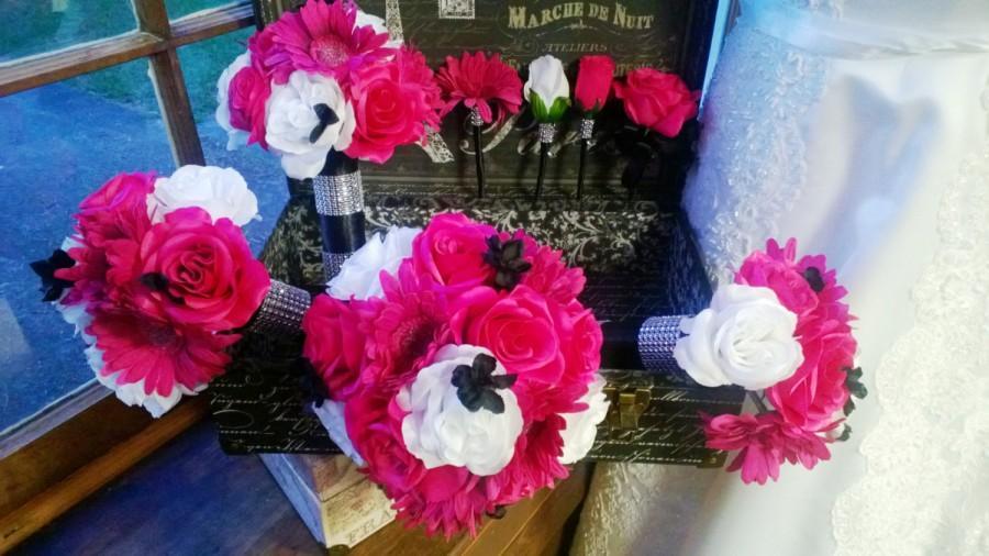 Mariage - 17 Piece Hot Pink White Rose Wedding Bouquet Set, Hot Pink White Bouquet, Pink Black Bridal, Pink Black Bouquet Daisy Pink Black Wedding