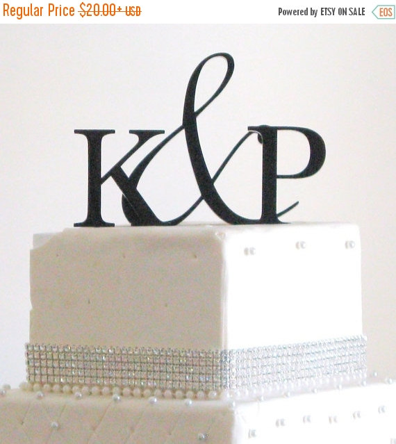 Mariage - ON SALE Two Initials Ampersand Monogram Cake Topper for Wedding Cake