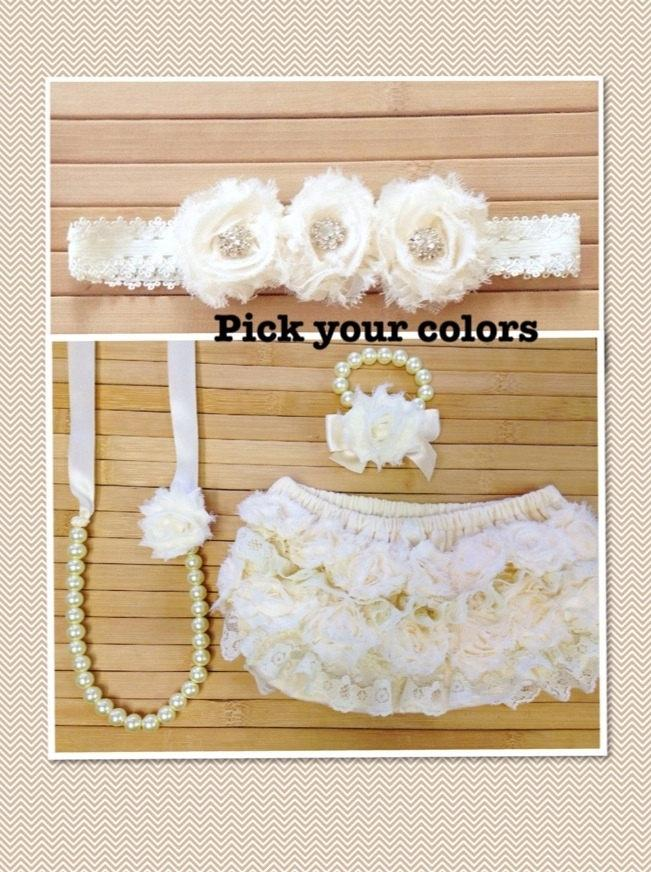 Mariage - Gift set includes bloomers, ribbon & pearl necklace and bracelet, matching headband, flower girl gift, birthday gift, baby shower gift