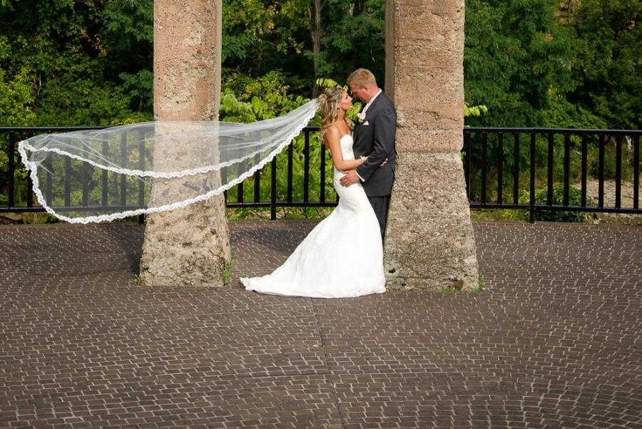 Mariage - Beaded Lace Wedding Veil