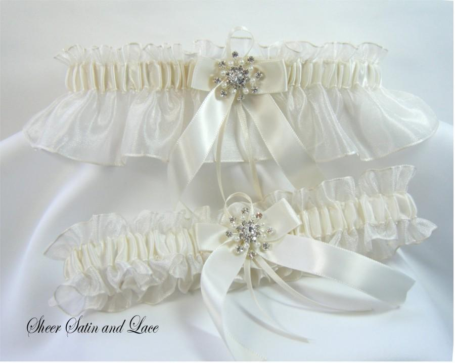 Wedding - WINTER SNOWFLAKE Wedding Garters Ivory with Pearl Rhinestone Garter