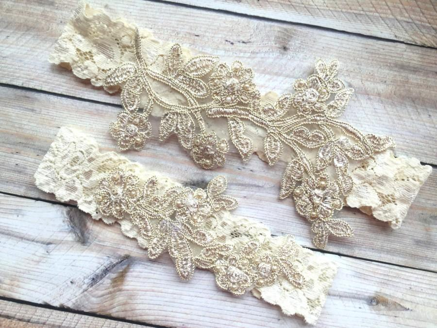 Mariage - Wedding Garter Gold, Gold Bridal Garter, Gold Lace Garter, Lace Wedding Garter Set, Gold Wedding Garter Set, Gold Garter Set, Lace Garters