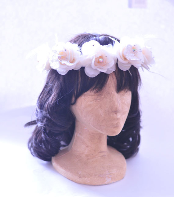 زفاف - White Flower Wedding Crown, Bridal Crown, Woodland Crown, Flower Headband, FREE SHIPPING