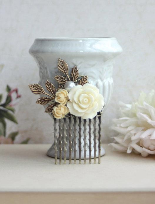 زفاف - Ivory Rose and Brass Leaf Rustic Comb. Veil Comb. Bridesmaid Gifts. Shabby Cottage Country. Rustic Barn Wedding, Vintage Inspired Wedding