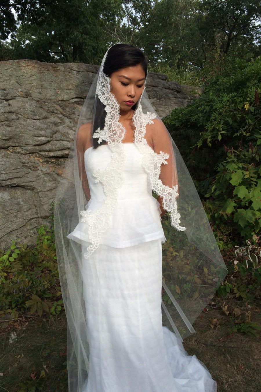 Hochzeit - Mantilla Veil, Lace Wedding Veil, Wedding Accessories, Veils, Alencon Lace Bridal Veil, Style No. 1553
