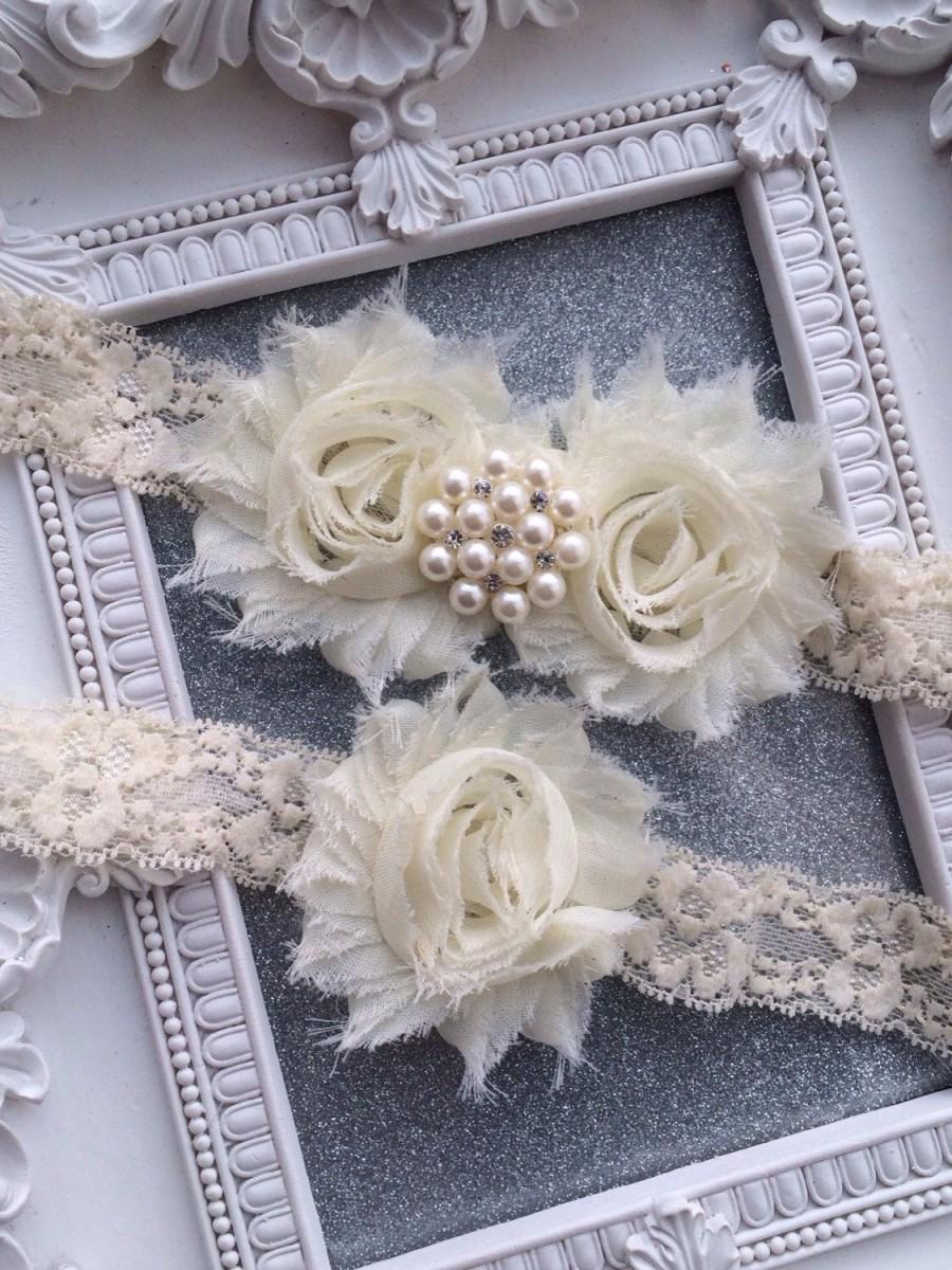 Свадьба - Pearls and Crystals Ivory Garter Set, Burlap, Wedding Garter Set, Vintage Garter Set, Bridal Garter, Garder, Wedding Garder, Rustic, Glam